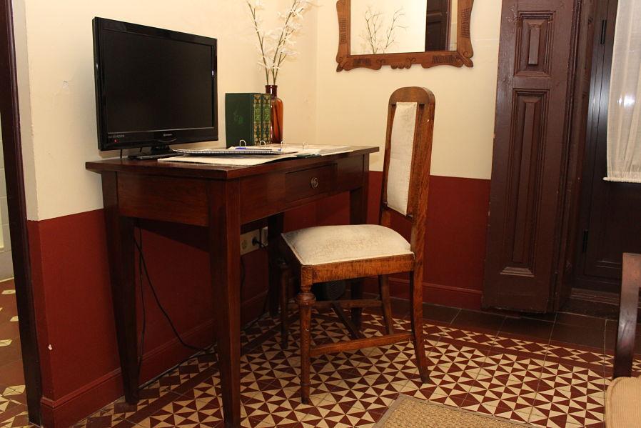escritorio habitación estandar